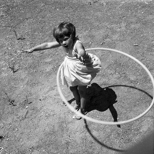 Hula_Hoop,_1958