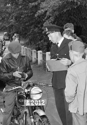 Trafikkontroll 28 juni 1956