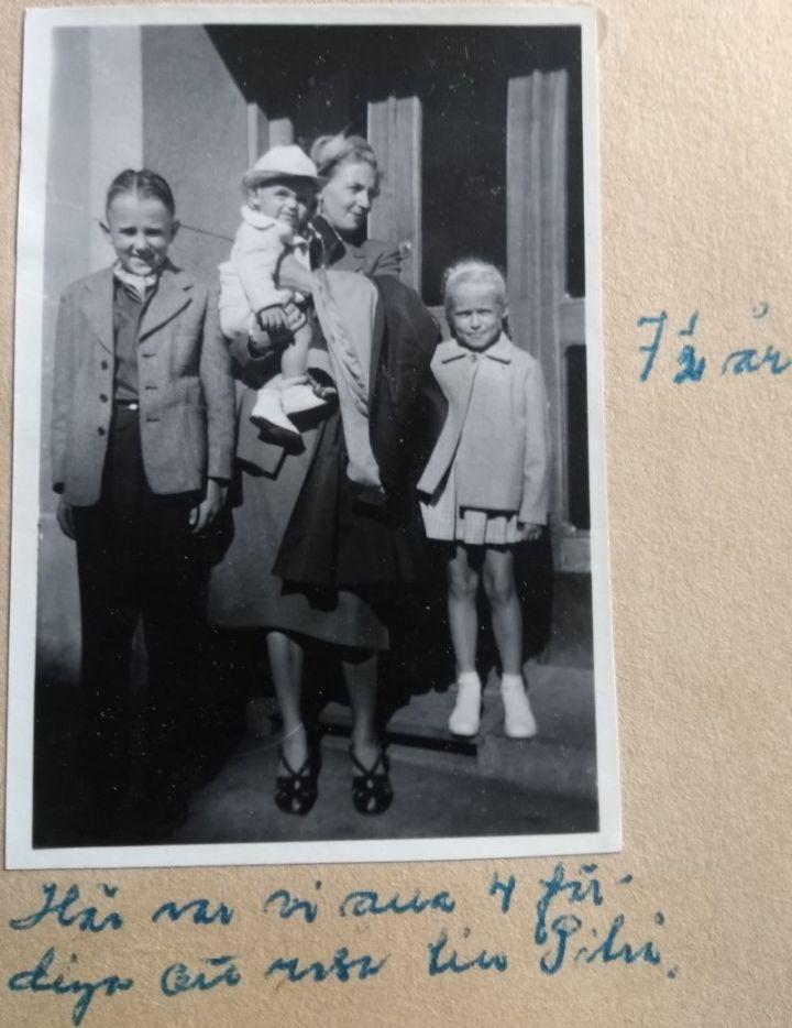 Lena-mfl-i-porten-1953