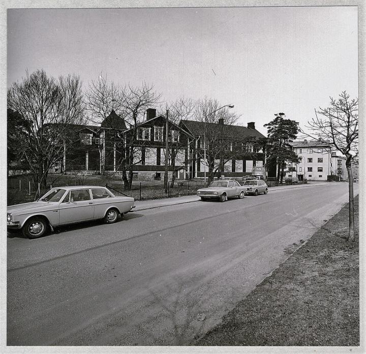 Gamla Enskede, nya serien, sid. 043 , Gråark